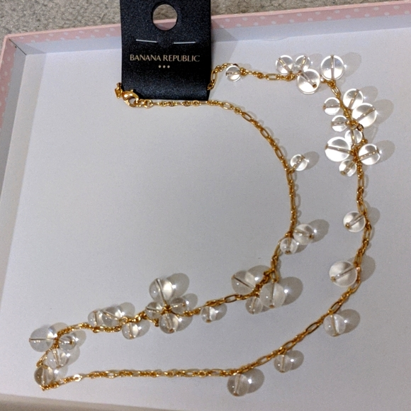 NWT Banana Republic glass beads chain necklace
